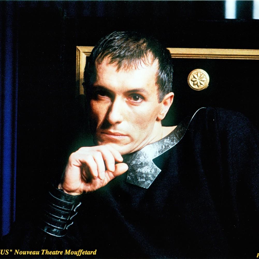 Bernard Pisani dans le rôle de Néron dans Britannicus au théâtre Mouffetard