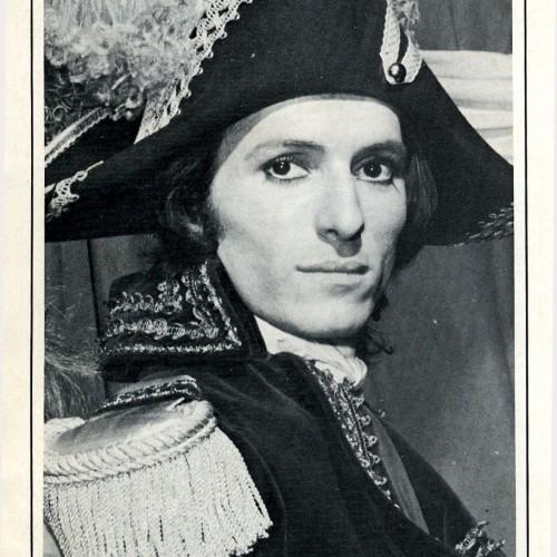 Bernard Pisani dans La Révolution Française au théâtre Mogador (rôle Bonaparte)