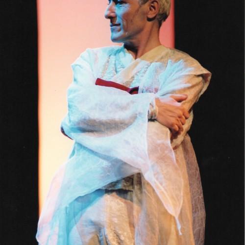 Bernard Pisani dans Caligula au Vingtième théâtre