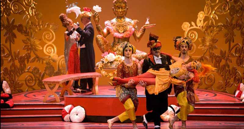 L'Amour masqué (Mise en scène et Chorégraphie : Bernard Pisani)